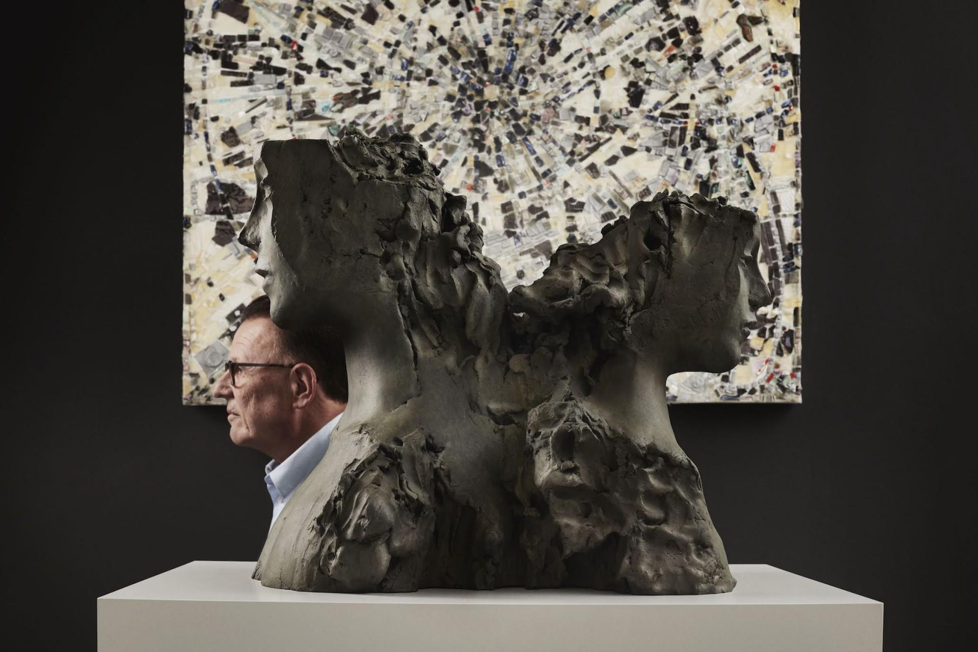AVANTGAND - Zoob: Asselman <br /> sculpture by Mark Manders