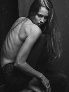 AVANTGAND - Zoob: Lauren Versnick